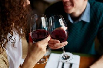 Чем полезно красное сухое вино для мужчин — kurenie.me